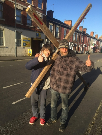 Christian married couple's Easter mission to carry a cross from Wiltshire to Yorkshire