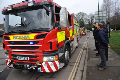 Vintage fire engine carries coffin of former Malmesbury firefighter in funeral procession