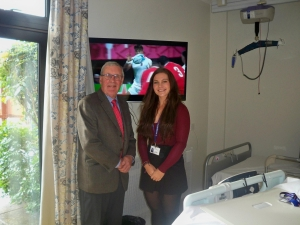 Dorothy House receives ten new TVs from Malmesbury League of Friends